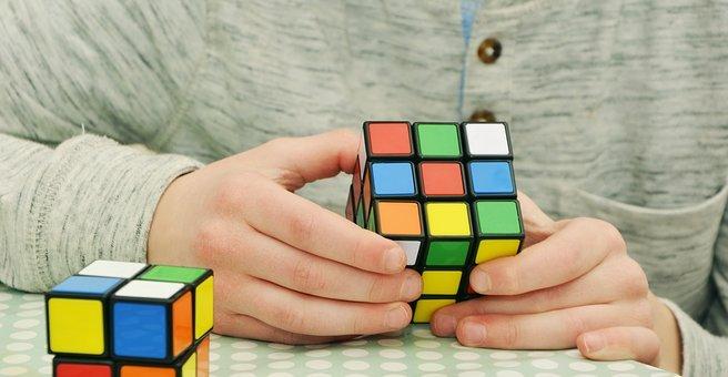 magic-cube-1976725__340