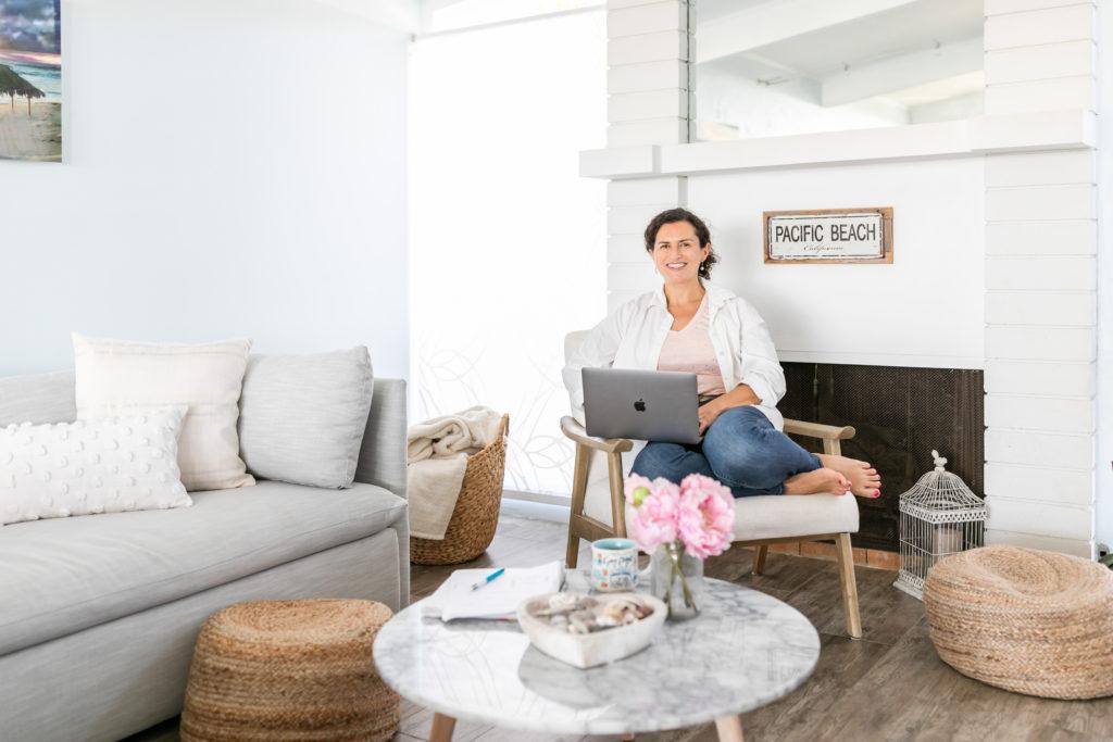 Julie, fondatrice de l'entreprise San Diego c'est beau